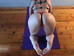 Wife Fucked During Yoga Workout, Kleomodel