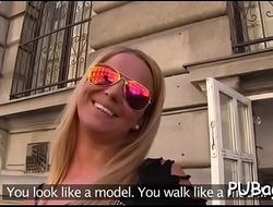 Wild sex excites public agent a lot